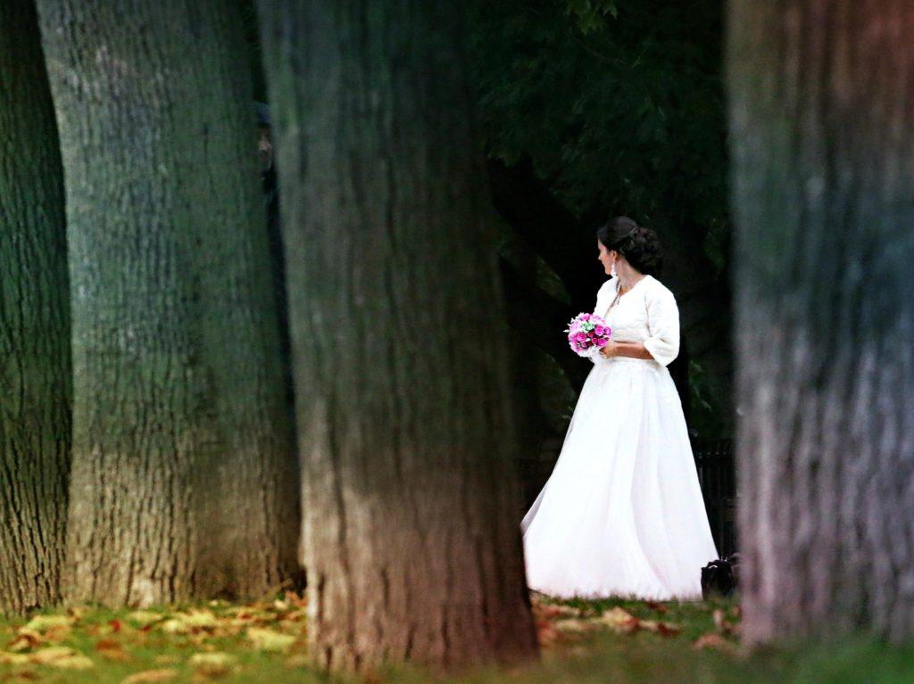 woman-forest-wedding